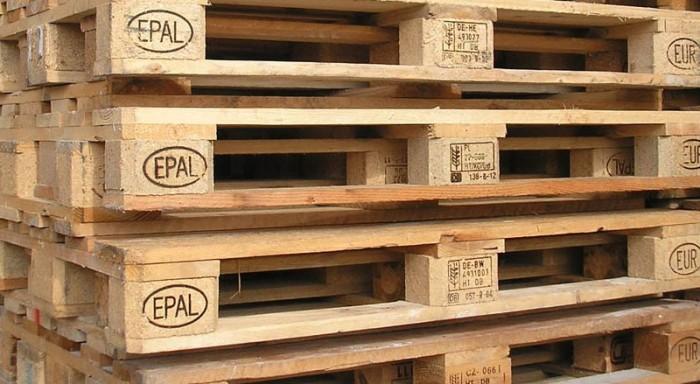 Ottimo primo semestre per i pallet epal e fitok logistica - Mobili con bancali in legno ...