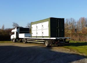 La consegna di una centrale solare mobile alla Bundeswehr