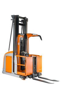 Due prodotti per la movimentazione di OM STILL. La Divisione Sistemi di OM STILL offre supporto consulenziale nell'ambito delle soluzioni VNA per la movimentazione in corsie strette, dell'automazione e dell'approntamento e la gestione del magazzino.